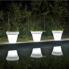 Light up Flower pots, pretty by the pool for a midnight swim! Outdoor Products As Seen On I Want That : Home Improvement : DIY Network Landscape Lighting, Outdoor Lighting, Outdoor Decor, Lighting Ideas, Lighting Design, Outdoor Lamps, Modern Lighting, Indoor Outdoor, Backyard Lighting