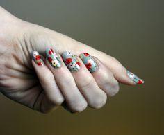 LADY CRAPPO poppies #nails #nailart #nailpolish #polish #floral #poppies #manicure #freehand