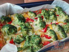 Zapečená brokolice se zeleninou a vajíčkem Easy Vegetarian Dinner, Czech Recipes, Aesthetic Food, Fitness Diet, Vegetable Pizza, Broccoli, Paleo, Good Food, Food And Drink