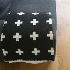 Pia Wallen cross blanket
