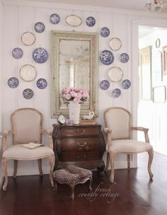French Country Friday- Wood Plank Walls and why I love them - I have a bit of an obsession with wood plank walls. Our cottage is full of original knotty pine walls and they are one o. French Country Kitchens, French Country Cottage, French Country Style, Rustic French, Country Blue, Cottage Style, Country Bathrooms, Country Houses, French Decor
