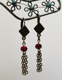 Red Faceted Antique Gold Earrings www.jfj917.ecrater.com