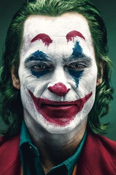 Joaquin Phoenix is JOKER. Tickets are now available at the link in bio in theaters October 4 Foto Joker, Le Joker Batman, Der Joker, Joker And Harley Quinn, Joker Poster, Joker Iphone Wallpaper, Joker Wallpapers, Joaquin Phoenix, Joker Kunst