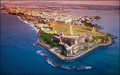 El Morro, Viejo San Juan, Puerto Rico... What I wouldn't give to be back there now!