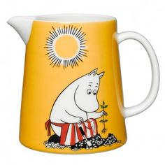 Moomin pitcher Moominmamma´s day l Moomin Shop, Moomin Mugs, Tove Jansson, Ceramic Pitcher, Nordic Home, Milk Jug, Yellow Background, Porcelain Ceramics, Pictures To Draw