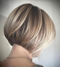 60 Layered Bob Styles: Modern Haircuts with Layers for Any Occasion Bronde Rounded Bob with Layers Bob Style Haircuts, Bob Hairstyles For Fine Hair, Layered Bob Hairstyles, Short Bob Haircuts, Modern Haircuts, Modern Hairstyles, Boy Haircuts, Hairstyle Men, Men's Hairstyles
