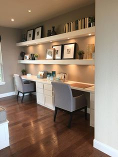 Gorgeous Desk Designs for any Office : built in desk, built in two person desk in home office decor with open shelf decor, home office in living room Small Home Offices, Home Office Space, Home Office Design, Home Office Decor, Home Design, Interior Design, Home Decor, Office Designs, Office Ideas