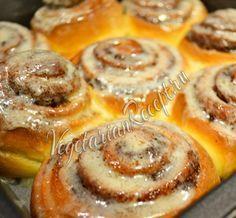 Булочки Синнабон - невероятно вкусное известное лакомство, которое готовят в кафе Cinnabon. Пошаговый рецепт с фото без яиц.