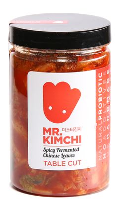 A branding and packging project for Kimchi, a traditional Korean dish produced by Roll Tree Food Box Packaging, Packaging Stickers, Food Packaging Design, Food Logo Design, Logo Food, Branding Design, Korean Dishes, Korean Food, Disposable Food Containers