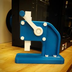 Desktop Arbor Press by andrewSORG - Thingiverse 3d Models For Printing, 3d Printing Business, 3d Printing Diy, Printing Press, 3d Printer Designs, 3d Printer Projects, Useful 3d Prints, 3d Printer Extruder, Wooden Words