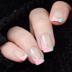 kurze gelnägel french, krative nagelmotive, französische maniküre in rosa und mint