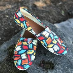 Book lover shoes