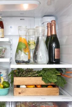 11 Brilliant Fridge Hacks You Need to Know! How can you navigate this chilly territory and turn your icebox into an organizer's dream? Click to discover the best kitchen hacks!