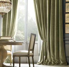 luxury-velvet-sitting-room.jpg (554×540)