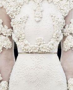 Ivory texture - OK I've found my 10th wedding anniversary dress