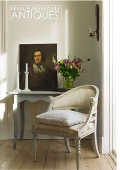 idea for not much wall space Nina Hartmann Antiques