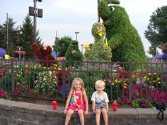 Planning a Visit to Sesame Place Theme Park:  A great vacation idea for parents of young kids!