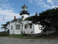 Point Pinos Light, Pacific Grove, California, October 2007 - Flickr Creative Commons photo by Iris Shreve Garrott