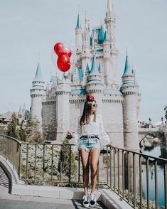 I will never be too old for Disney World❤️ . Disney World Outfits, Walt Disney World, Cute Disney Pictures, Disney World Pictures, Disneyland Photos, Disneyland Outfits, Disneyland Outfit Summer, Disneyland Photography, Disney Poses