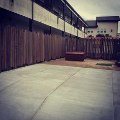 駐車場 木製フェンス