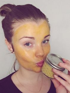 turmeric, face mask, organic, go green, DIY, gør det selv, do it yourself, gurkemeje, ansigtsmaske, facial, pore mimimizing, vegan, simple, cheap, budget, yellow face, baby soft, baby hud, fresh face, 100% natural, easy, sustainability, simply beauty, simply fit
