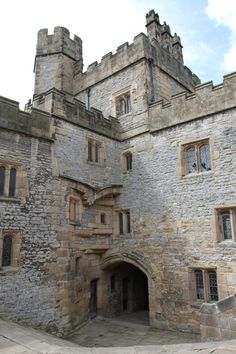 Haddon Hall. Inspiration for Westing Castle. www.ilyonchronicles.com