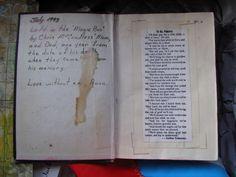 Une Bible laissée en 1993 par les parents de McCandless