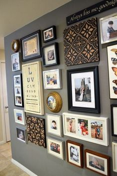Great photo collage, gray wall color- belle maison: Personal Project: Entry Photo Wall - Decoration for House Frames On Wall, Wall Collage, Wall Photo Collages, Collage Photo, Collage Ideas, Wall Art, Inspiration Wand, Creative Inspiration, Grey Wall Color
