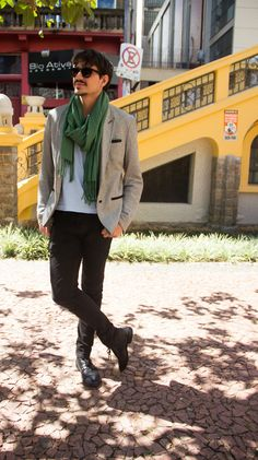 CLR Street Fashion: Dante in Brazil