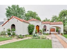 Lakewood TX home. 1938 Spanish Revival Bungalow in Dallas, Texas.- this was a cute house that my clients almost bought.