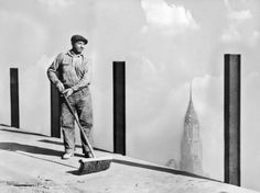 A workman sweeping the highest sidewalk in the world, the story of the Empire State Building, the world's tallest building, to the top of which the greatest dirigible 'Los Angeles' will attempt. Get premium, high resolution news photos at Getty Images Construction Process, Construction Worker, Under Construction, Chrysler Building, Empire State Building, The St, Historical Photos, New York City, New York