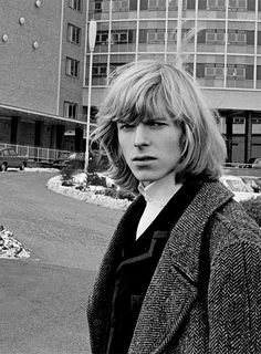 David Bowie outside BBC Television Centre in 1965.