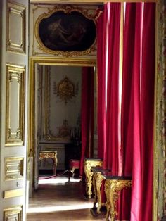 Versailles, the height of opulence. Chateau Versailles, Palace Of Versailles, Louis Xiv, Interior Architecture, Interior And Exterior, Places Ive Been, The Places Youll Go, Style Français, French Royalty