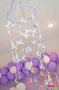 garden party Birthday Party Ideas Gorgeous butterfly hanging at a Garden party! See more party ideas Butterfly Garden Party, Butterfly Birthday Party, Butterfly Baby Shower, Fairy Birthday Party, Garden Birthday, 3rd Birthday Parties, Girl Birthday, Butterfly Mobile, Birthday Ideas