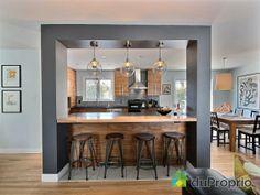 J'ai vendu sans commission avec l'aide de l'équipe DuProprio! Kitchen Interior, Interior Design Living Room, Küchen Design, House Design, Kitchen Bar Design, Kitchen Modular, Open Plan Kitchen Living Room, Home Decor Furniture, Apartment Design