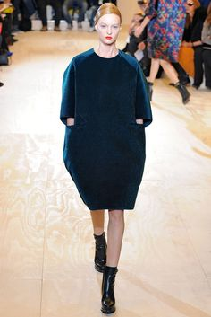 Jil Sander Fall 2011 Ready-to-Wear Fashion Show - Theres Alexandersson