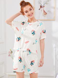 1c3d5fbe65 Cactus Print Tee   Shorts PJ Set -SheIn(Sheinside) Summer Pajamas