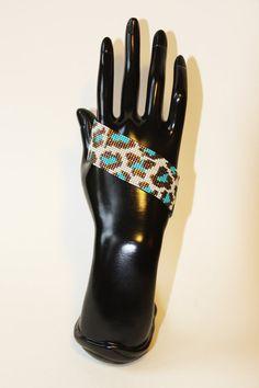 Manchette collection Graaouu motif léopard  perles Miyuki par KforU
