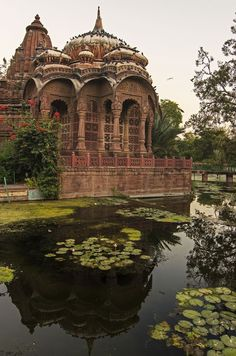 The seven sister states in north east India are cluster of varied cultures, landscapes, people, and languages. Here are 5 destinations shouldn't miss. Indian Temple Architecture, India Architecture, Ancient Architecture, Amazing India, Beautiful Places To Travel, India Travel, Jaipur Travel, Beautiful Buildings, Wonders Of The World