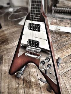 Gibson Flying V custom, wood & chrome
