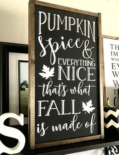 love this idea for fall decor Fall Wood Signs, Fall Signs, Fixer Upper, Farmhouse Signs, Modern Farmhouse, Fall Projects, Fall Home Decor, Diy Signs, Fall Pumpkins