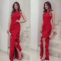 {Lady in Red ❤️} Vestido @dress4youatelier Meu escolhido de ontem pra receber o prêmio Blogueira Top of Mind  • #aboutlastnight #lookdanoite #lookofthenight #blogtrendalert