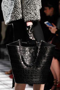 Balenciaga Fall 2015 Ready-to-Wear Fashion Show Details