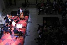 Generosa noche de Instrumenta concuarteto de cuerdas y dos guitarras