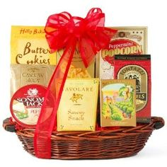 A little bit of sweet combined with a little bit of savory makes this gourmet food basket a wonderful medley of snacks for the holidays, a special occasion, or Best Gift Baskets, Gourmet Gift Baskets, Wine Baskets, Gourmet Gifts, Food Gifts, Gourmet Recipes, Basket Gift, Butter Toffee, Candy Gifts