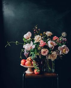 An arrangement that looks remarkably like Dutch master paintings | Anna Potter of Swallows & Damsons