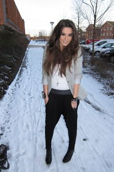 black-wwwwestragscom-pants-gray-zara-blazer-black-h-m-boots-white-wwwwestr_400.jpg (400×600)
