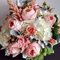 Happy Monday guys!  Here is a beautiful bouquet to brighten your day  from @aberdeensweddingflorists  #happymonday #monday #weddingbouquet #weddingflowers #flowerstagram #flowergram #flowersofinstagram #floweroftheday #blush #blushbouquet #blooms #peony #peonies #rose #roses #hydrangea #hydrangeas #foliage #berries #weddingcolours #weddingcolors #weddingtasker #weddingplanner #weddingblog #weddingblogger #devinebride #letsdothis #mondaymotivation