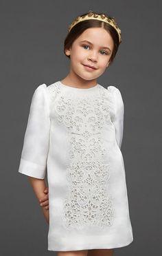 Dolce & Gabbana dress for Lottie 🎀 Modern Filipiniana Gown, Filipiniana Wedding, Baby Girl Fashion, Kids Fashion, Dolce And Gabbana Kids, Baby Kind, Baby Baby, Stylish Kids, Girls Wear