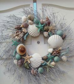 Shell wreath for an at-the-beach space.